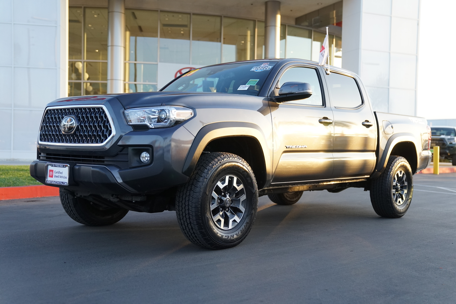 Certified Pre-Owned 2019 Toyota Tacoma TRD Off Road Double Cab 5' Bed V6 A