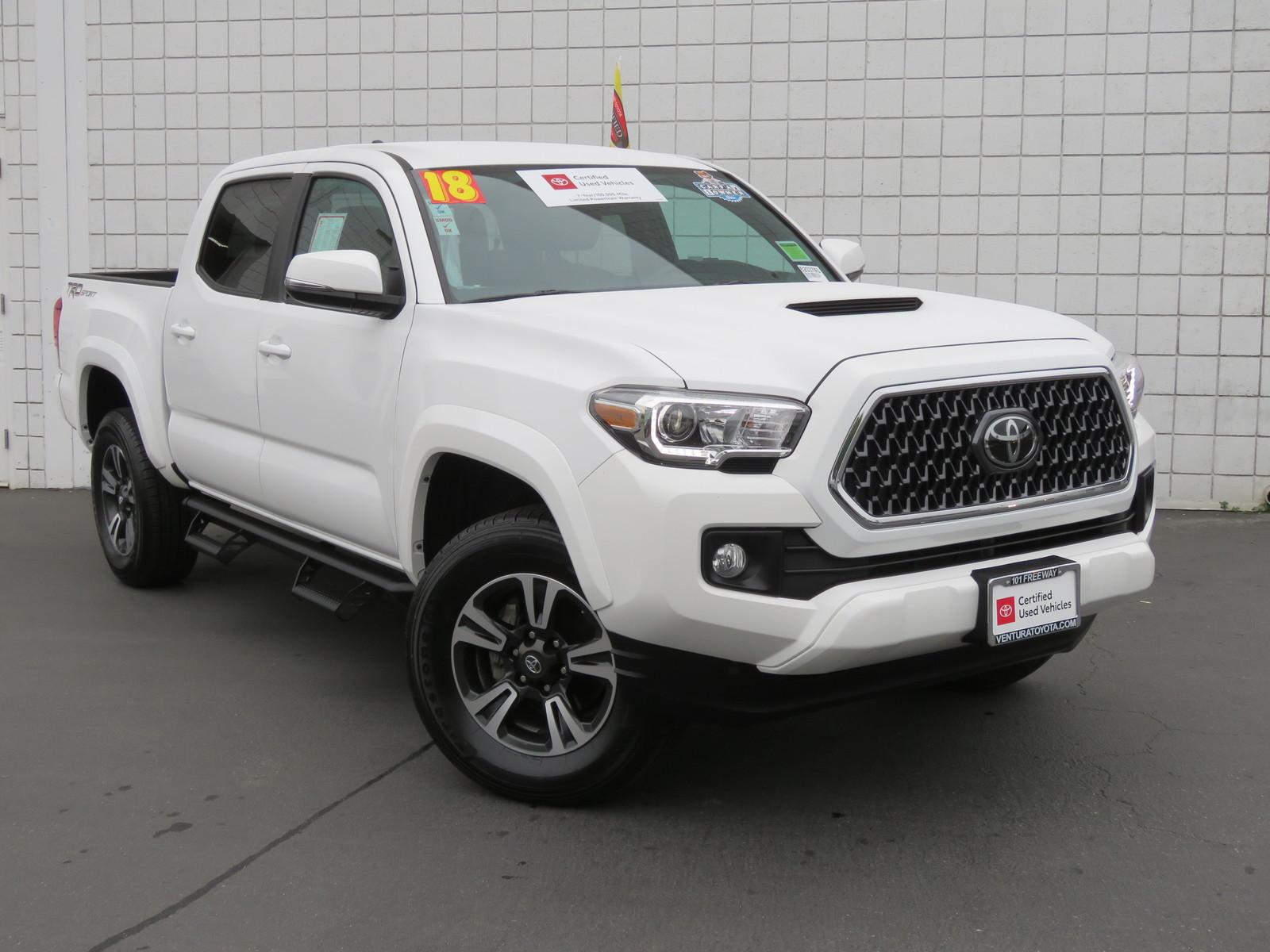 Certified Pre-Owned 2018 Toyota Tacoma TRD Sport Double Cab 5' Bed V6 4x2