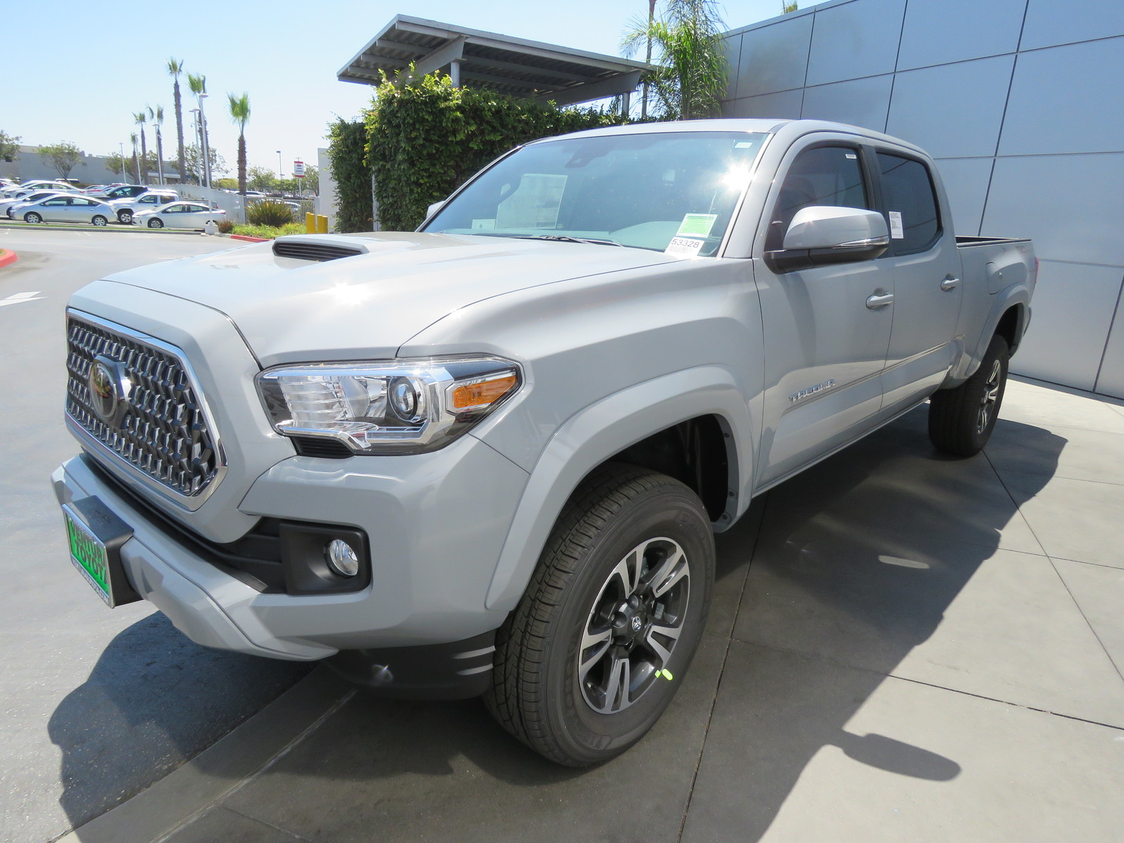 New 2019 Toyota Tacoma 2WD TRD Sport Double Cab 6' Bed V6 AT