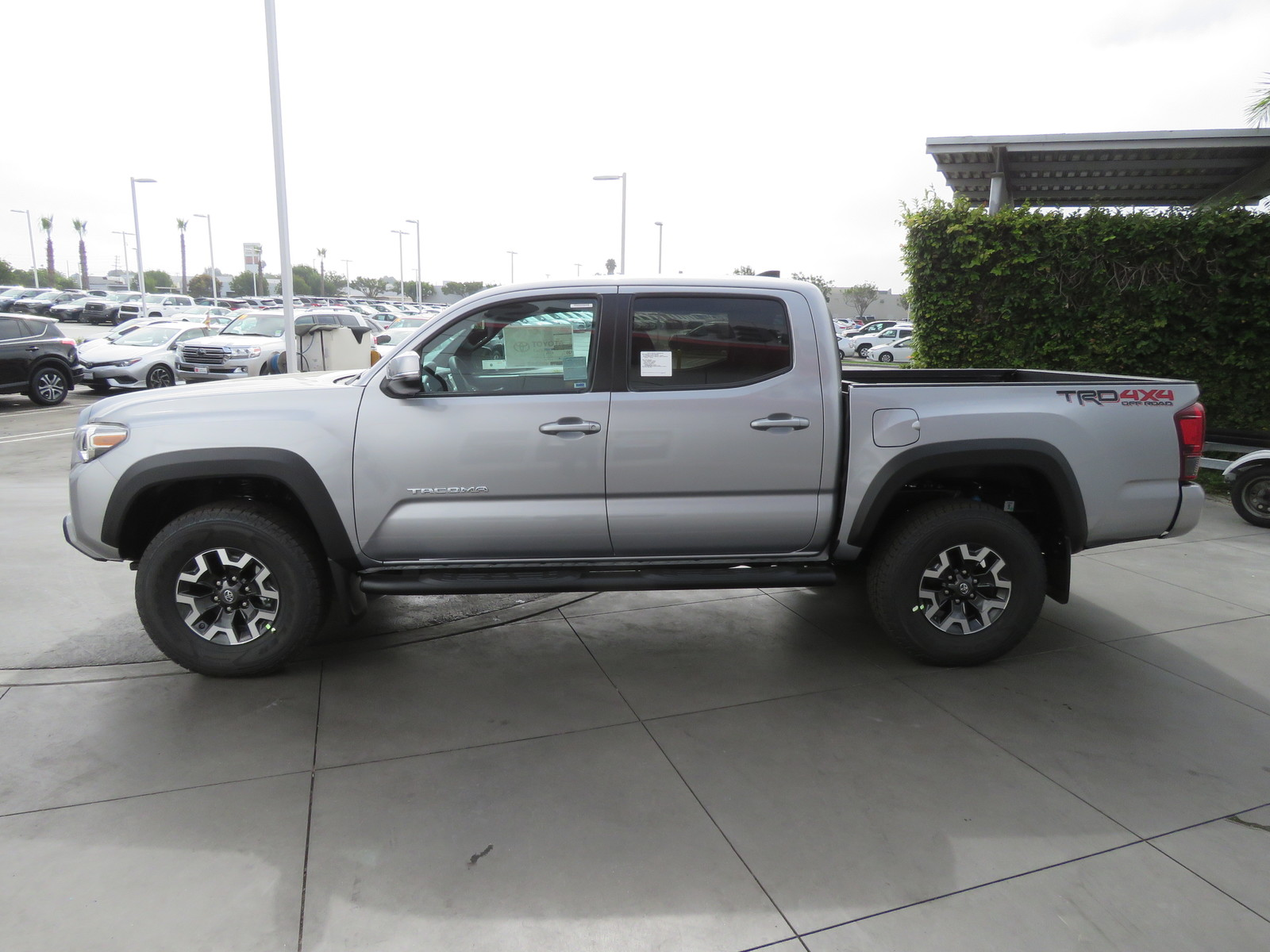 New 2019 Toyota Tacoma 4WD TRD Off Road Double Cab 5' Bed V6 A