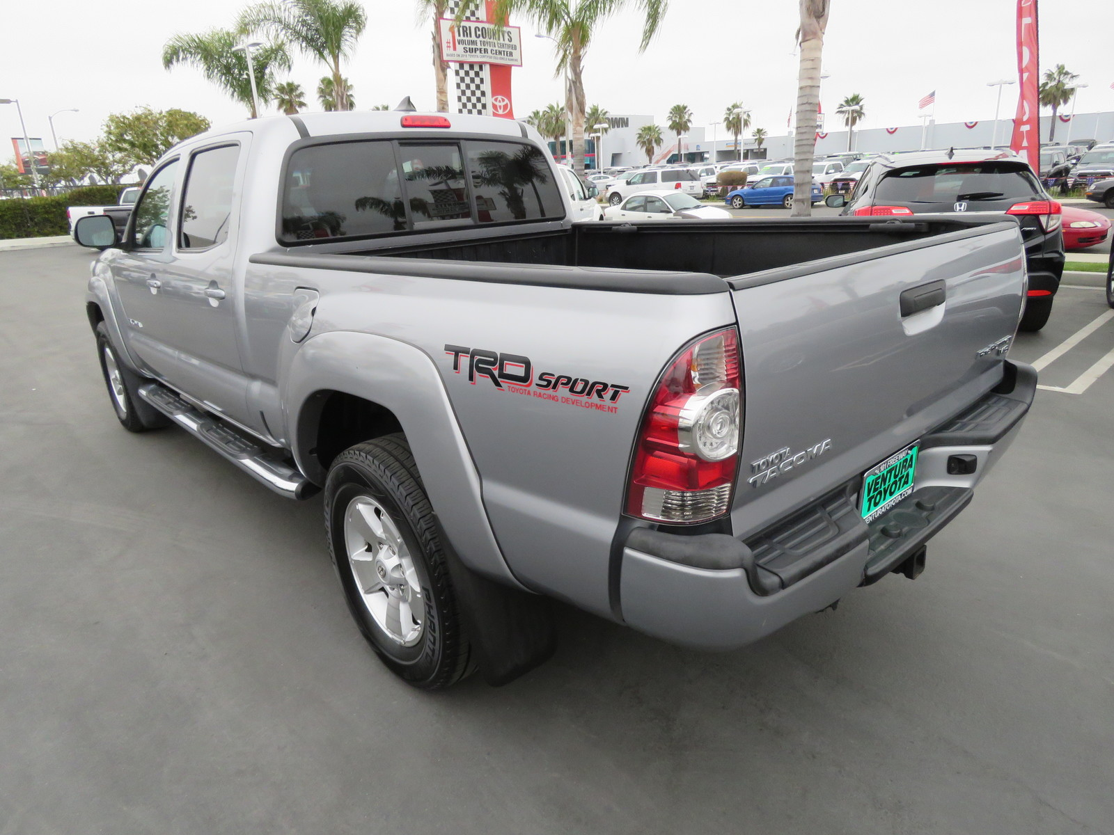 Pre-Owned 2014 Toyota Tacoma 2WD Double Cab LB V6 AT PreRunner