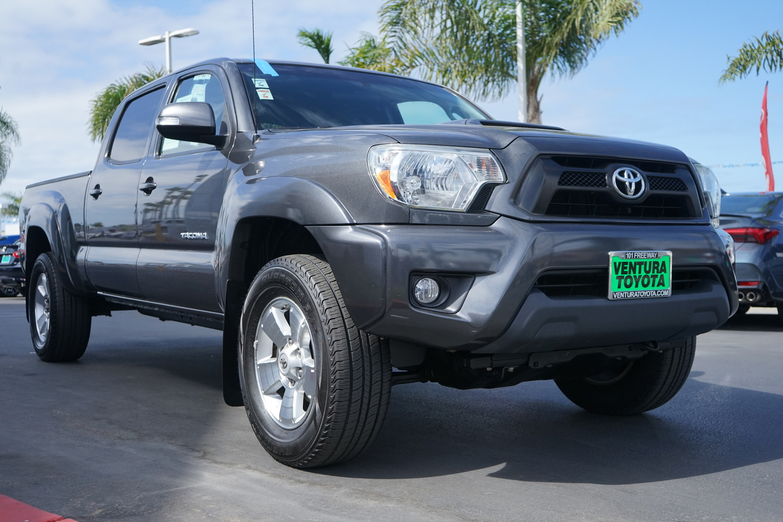Pre-Owned 2015 Toyota Tacoma 2WD Double Cab LB V6 AT PreRunner