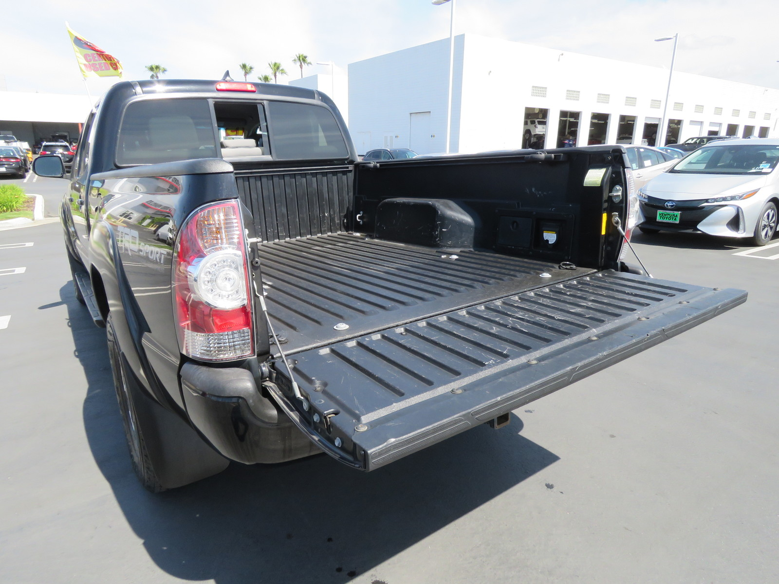 Certified Pre-Owned 2015 Toyota Tacoma 2WD Double Cab LB V6 AT PreRunner