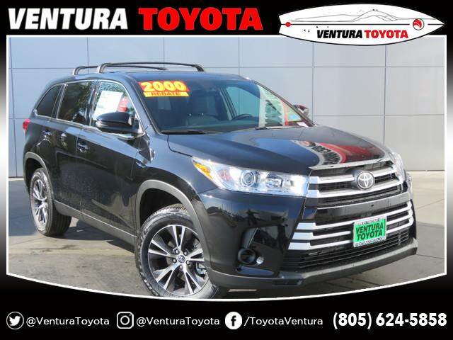 New 2019 Toyota Highlander LE V6 FWD