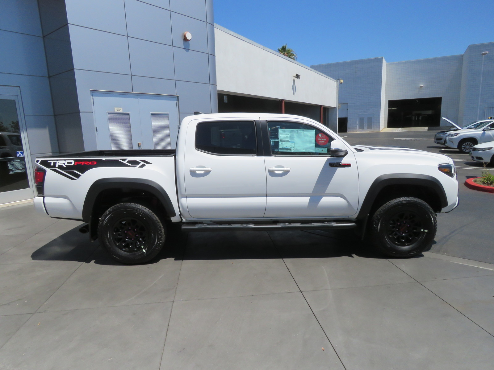 New 2019 Toyota Tacoma 4WD TRD Pro Double Cab 5' Bed V6 AT
