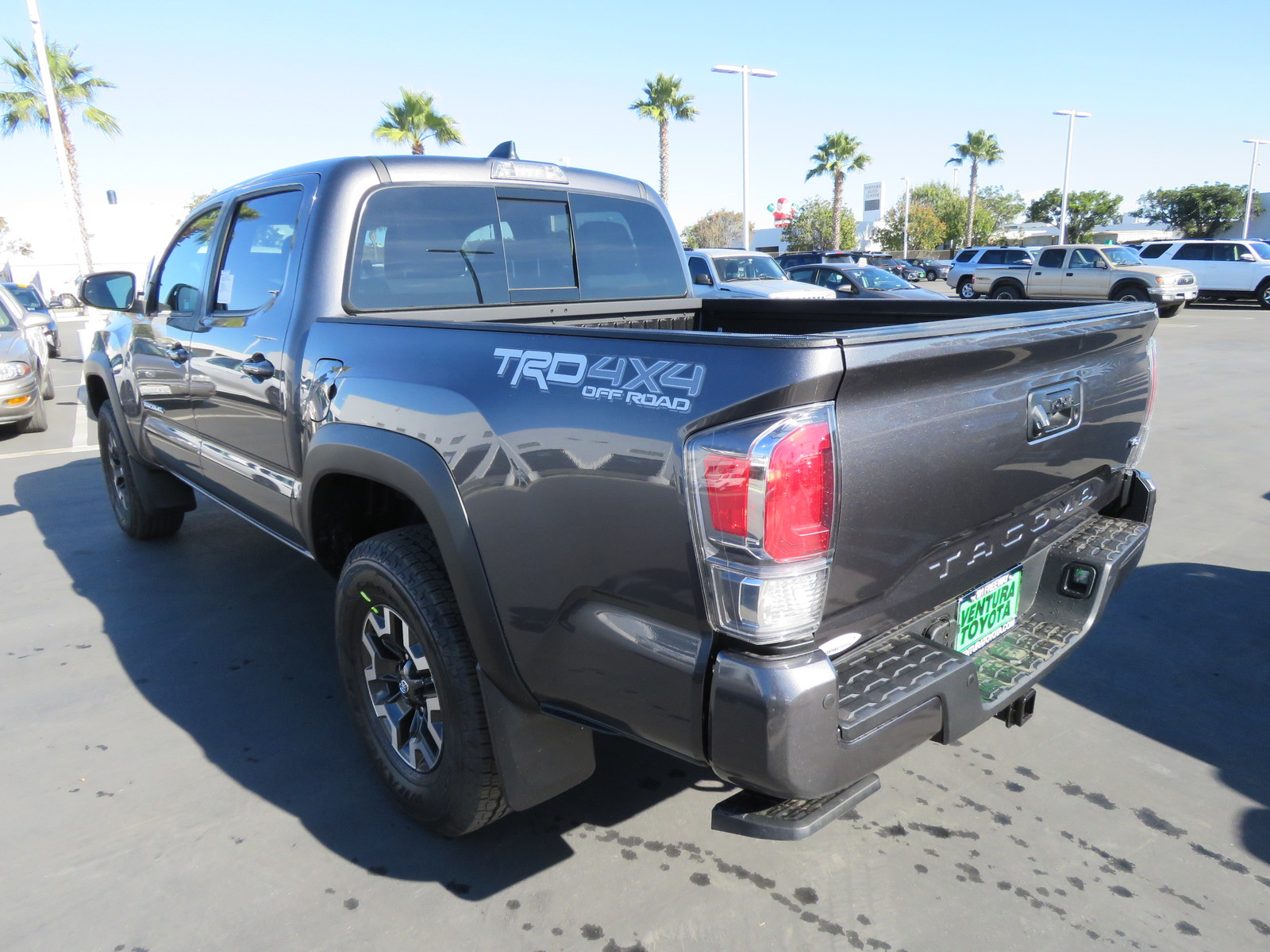 New 2020 Toyota Tacoma TRD Off Road Double Cab 5' Bed V6 M