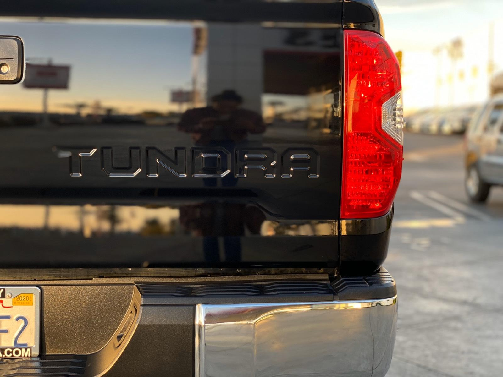 Certified Pre-Owned 2017 Toyota Tundra SR5 CrewMax 5.5' Bed 5.7L