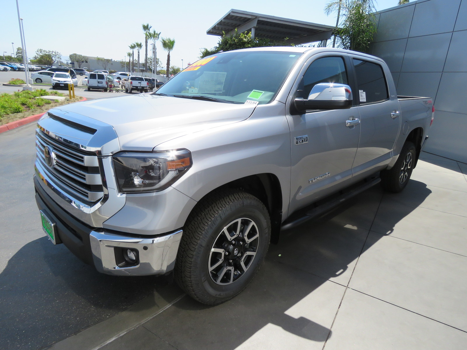 New 2019 Toyota Tundra 4WD Limited CrewMax 5.5' Bed 5.7L