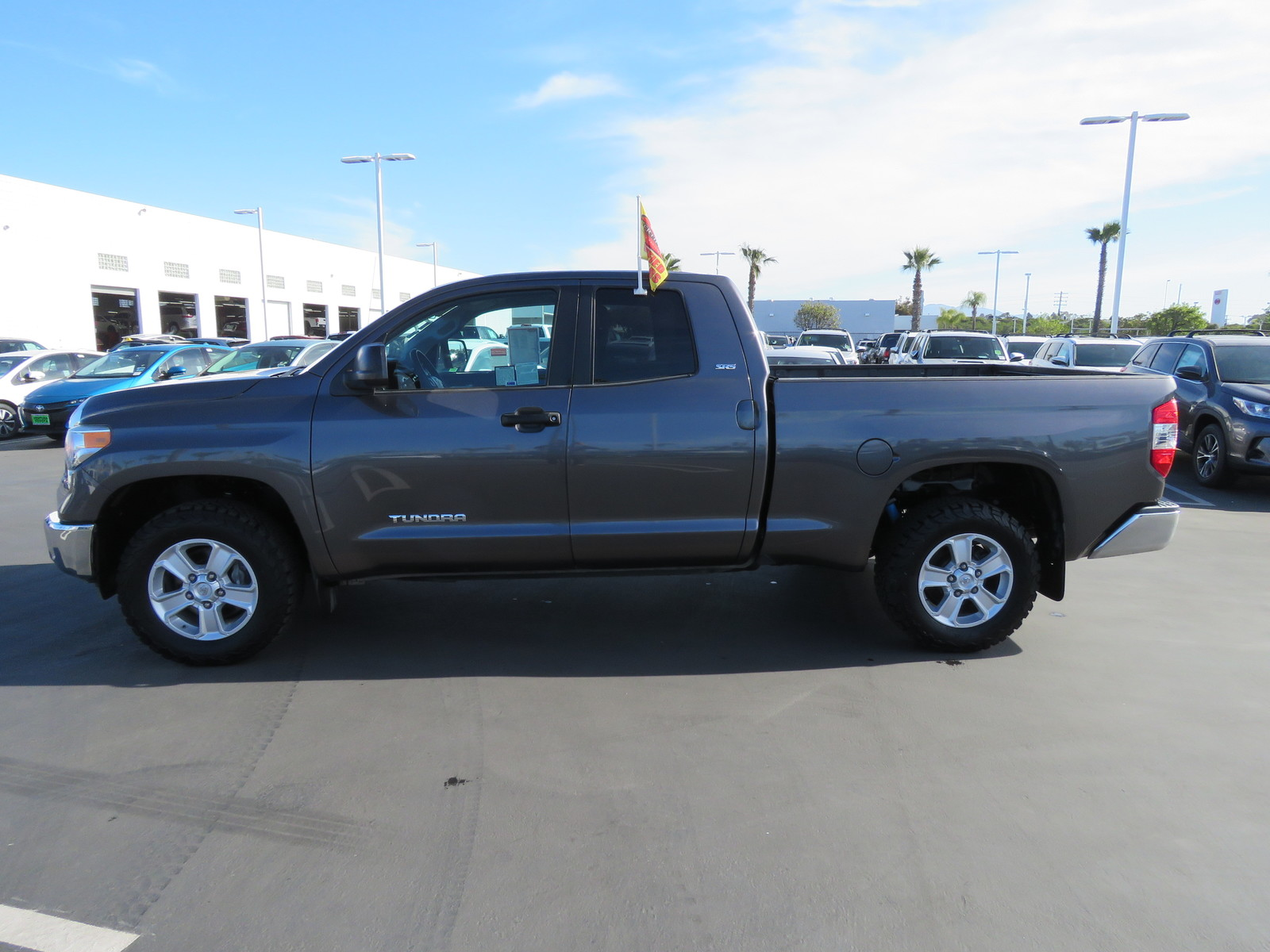 Certified Pre-Owned 2014 Toyota Tundra Double Cab 4.6L V8 6-Spd AT SR5