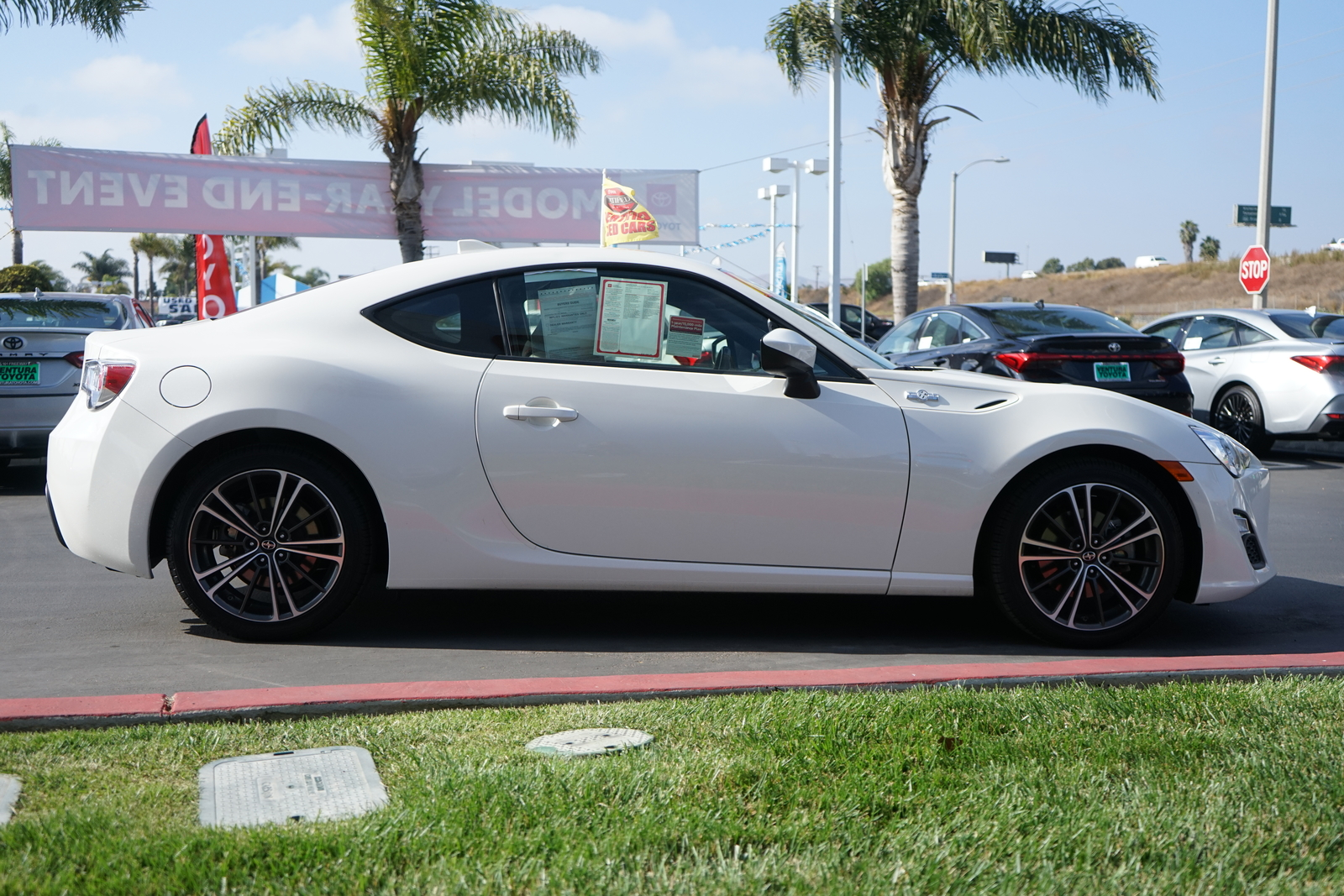 Certified Pre-Owned 2016 Scion FR-S 2dr Cpe Auto (Natl)