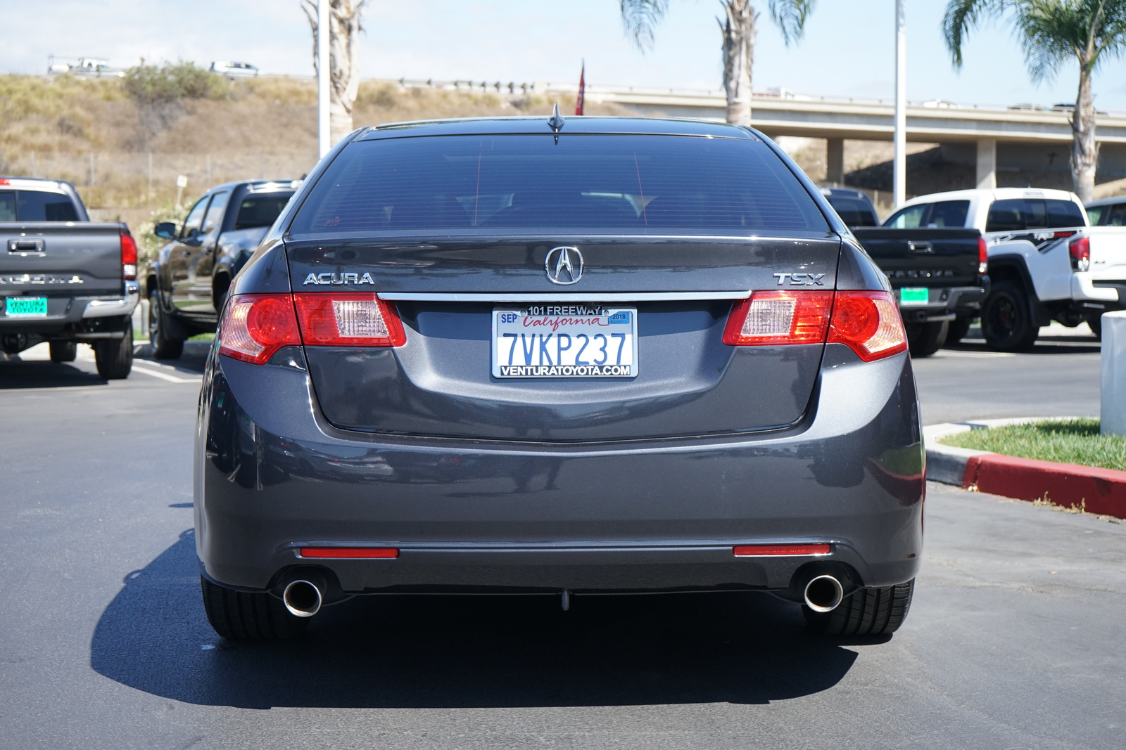 Pre-Owned 2013 Acura TSX 4dr Sdn I4 Auto