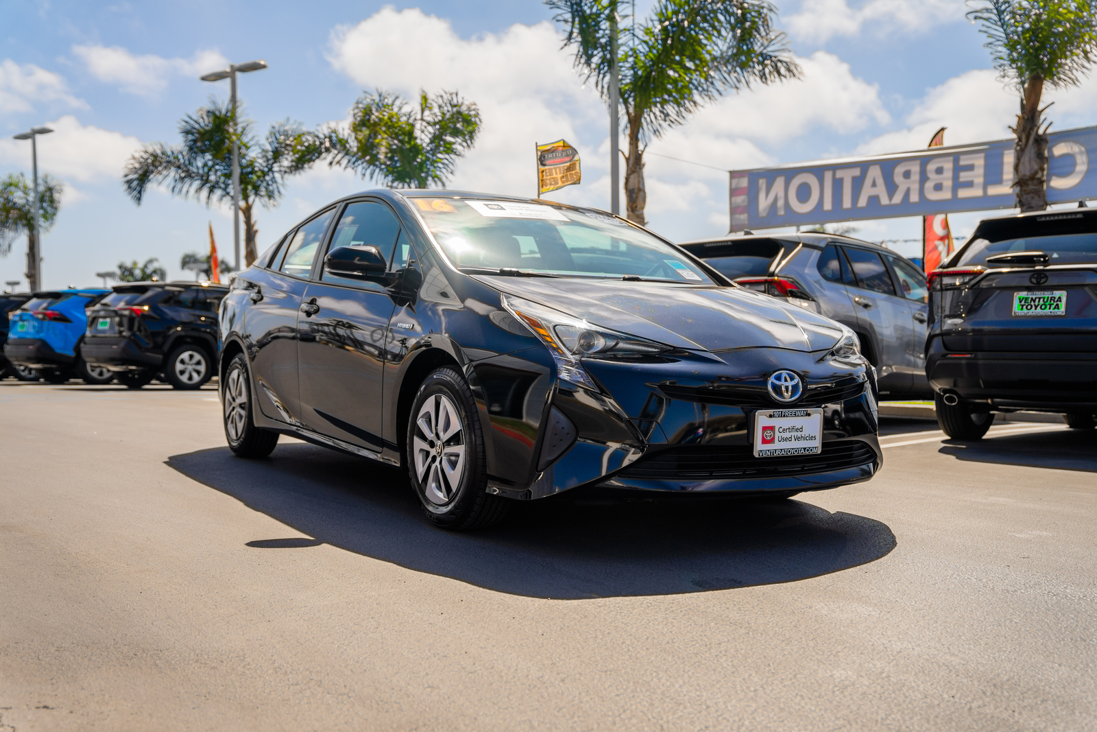 Certified Pre-Owned 2016 Toyota Prius 5dr HB Three