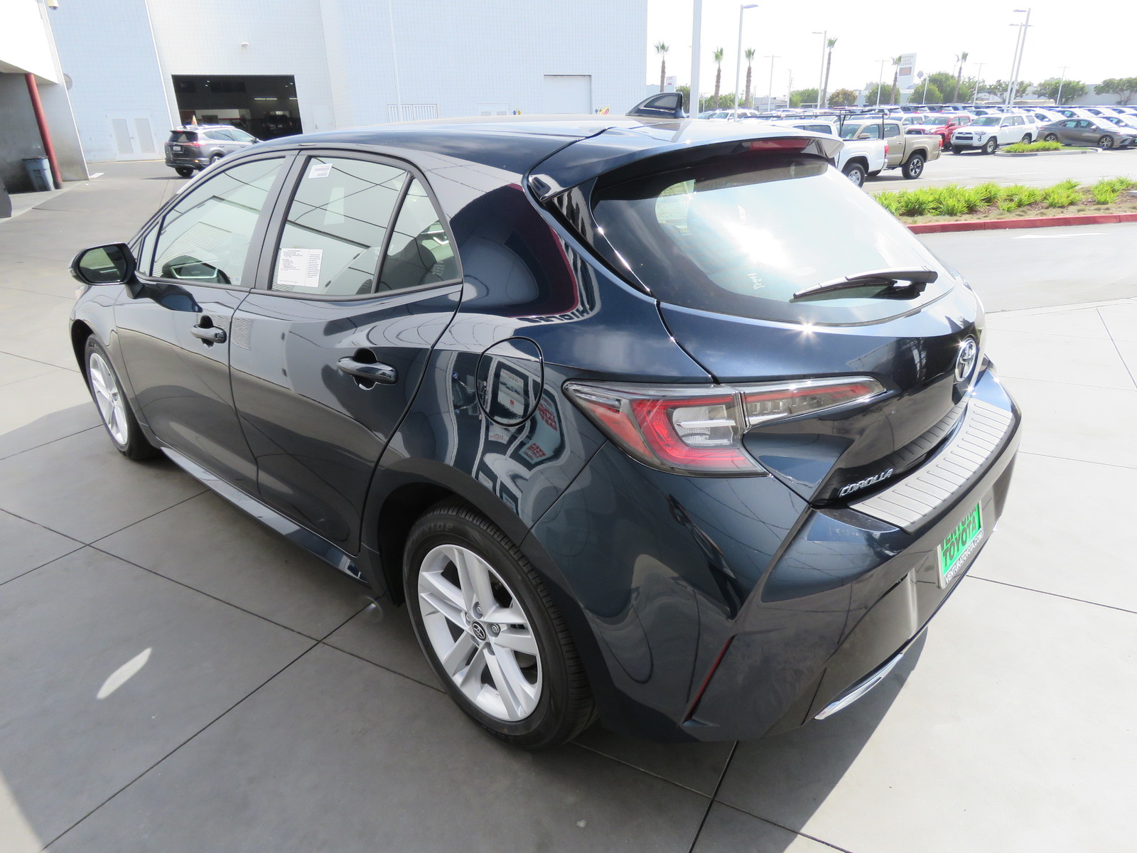 New 2019 Toyota Corolla Hatchback SE Manual