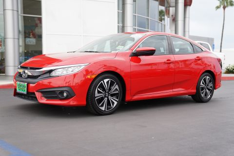 Pre-Owned 2016 Honda Civic 4dr CVT EX-T