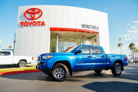 Certified Pre-Owned 2017 Toyota Tacoma SR5 Double Cab 6' Bed V6 4x2 AT